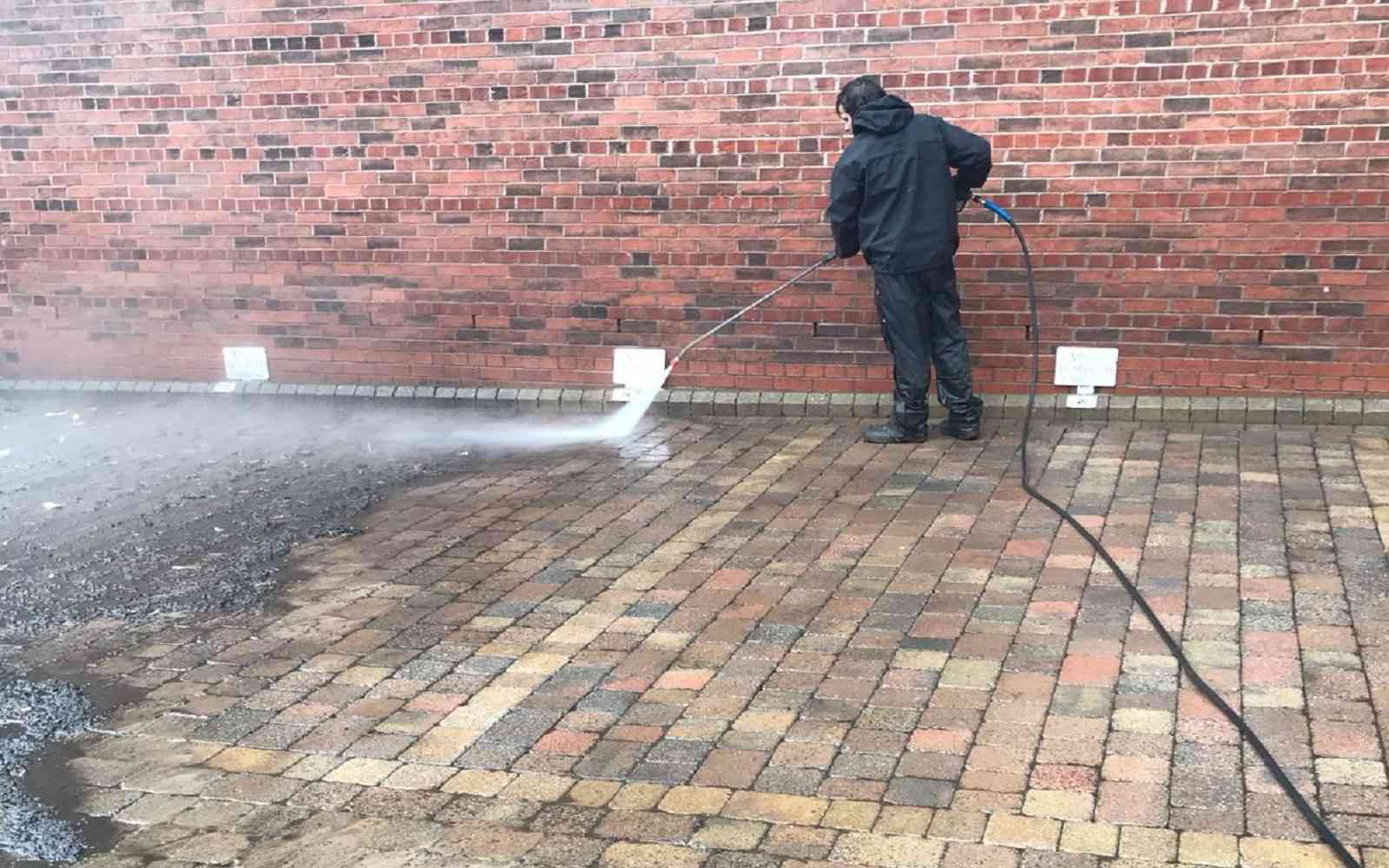 Pressure-Washing in Manchester image
